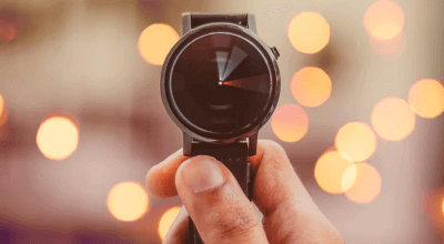 Article thumbnail - holding a watch