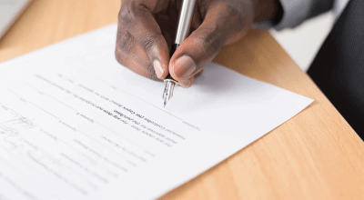 article thumbnail - signing contract